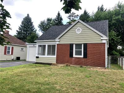 Single Family Home Pending: 58 Burling Road