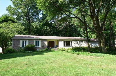 Single Family Home For Sale: 404 Woodland Lane