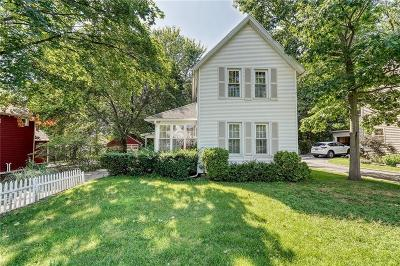Monroe County Single Family Home For Sale: 75 Newport Road
