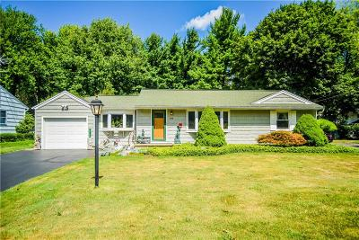 Rochester Single Family Home For Sale: 368 Hinchey Road