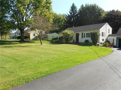 Monroe County Single Family Home For Sale: 187 Ogden Parma Town Line Road