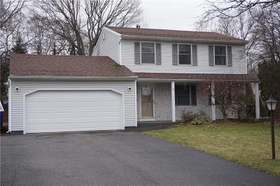 Monroe County Single Family Home For Sale: 53 Sandstone Drive