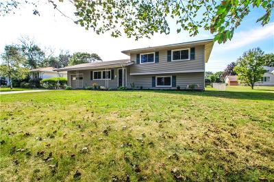 Monroe County Single Family Home For Sale: 179 Meadowbriar Road
