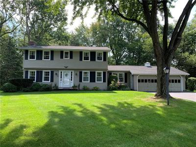 Webster NY Single Family Home For Sale: $179,900