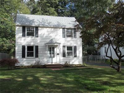 Rochester Single Family Home For Sale: 110 Ayer Street
