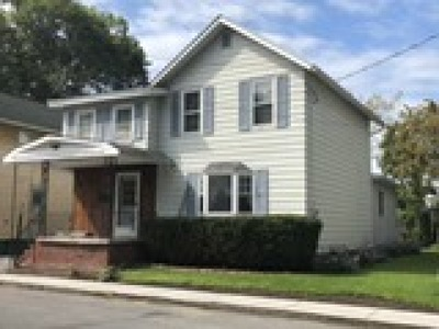 Single Family Home For Sale: 17 Burrall Ave Avenue