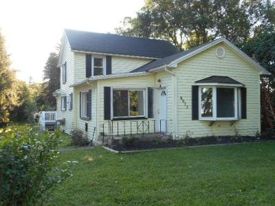Single Family Home For Sale: 8077 State Street Road