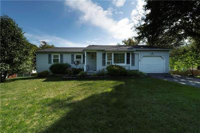 Rochester Single Family Home For Sale: 230 Elmgrove Road