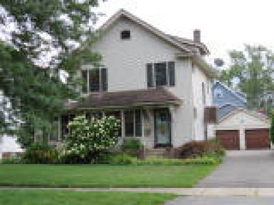 Rochester Single Family Home For Sale: 463 Culver Parkway