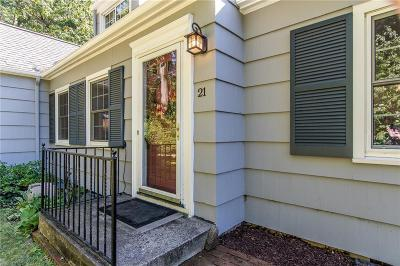 Rochester Single Family Home For Sale: 21 French Road