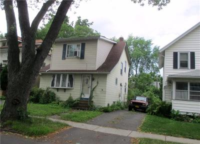 Rochester Single Family Home For Sale: 60 Gale