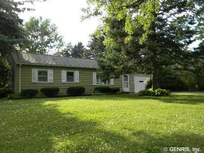 Single Family Home Sold: 83 Pontiac St