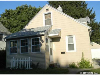 Single Family Home Sold: 890 Glide Street