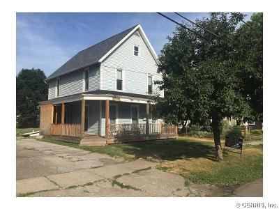 Multi Family 2-4 A-Active: 22 Fulton Street