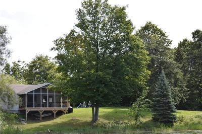 Single Family Home A-Active: 28579 Hewitt Road