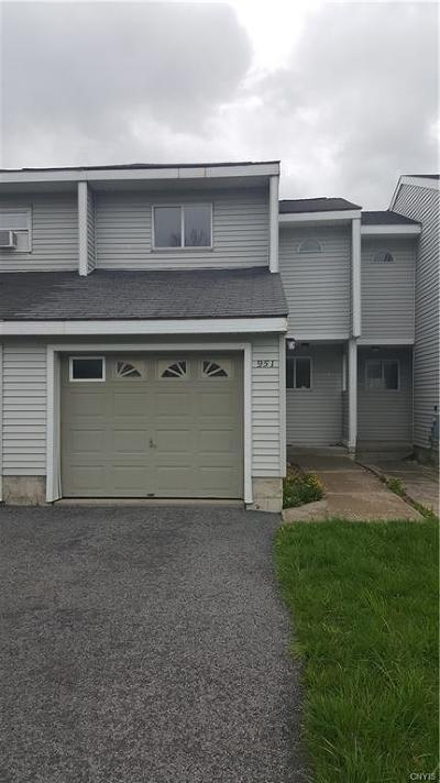 Jefferson County, Lewis County Condo/Townhouse A-Active: 951 Kieff Drive