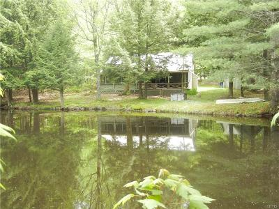Jefferson County, Lewis County Single Family Home A-Active: 6423 Lingerlong Pond Road