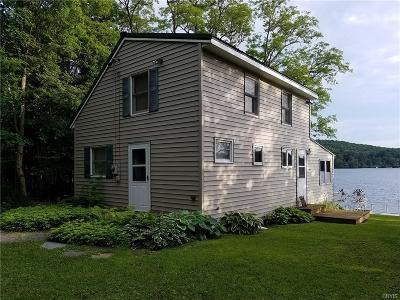 Eaton NY Single Family Home A-Active: $179,500