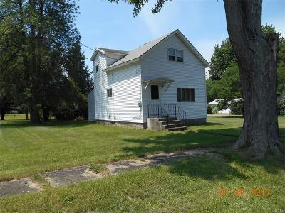 Cape Vincent Single Family Home A-Active: 680 East Lake Street