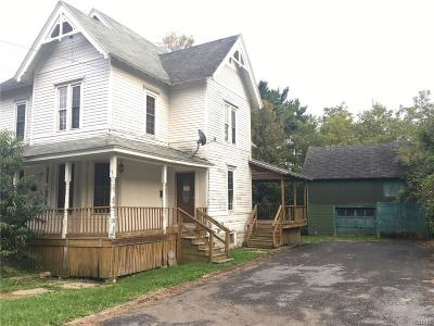 Single Family Home A-Active: 17 West Barney Street