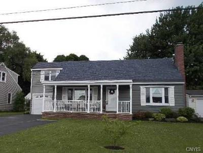 Oswego-City NY Single Family Home A-Active: $136,900