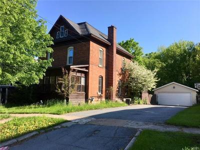 Single Family Home A-Active: 132 North Clinton Street