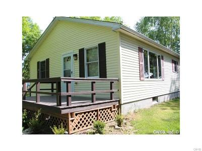 Cape Vincent NY Single Family Home A-Active: $129,900