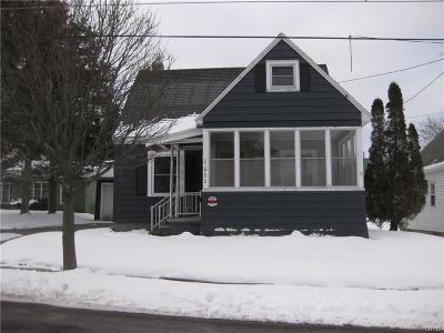 Jefferson County Single Family Home C-Continue Show: 252 Seymour Street