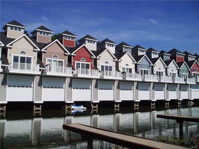 Jefferson County, Lewis County Condo/Townhouse A-Active: 18 Harbor Villas