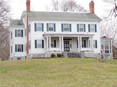 Aurelius NY Single Family Home A-Active: $425,000