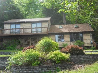 Wellesley Island NY Single Family Home A-Active: $274,000