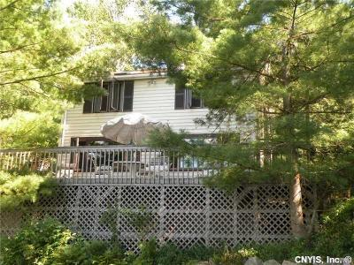 Single Family Home A-Active: 27 Rush Ln/Prvt