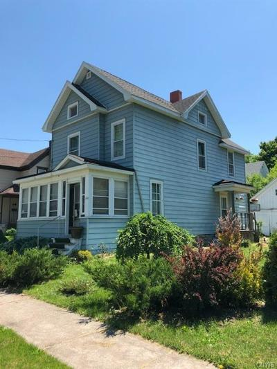 Single Family Home A-Active: 152 East Lynde Street