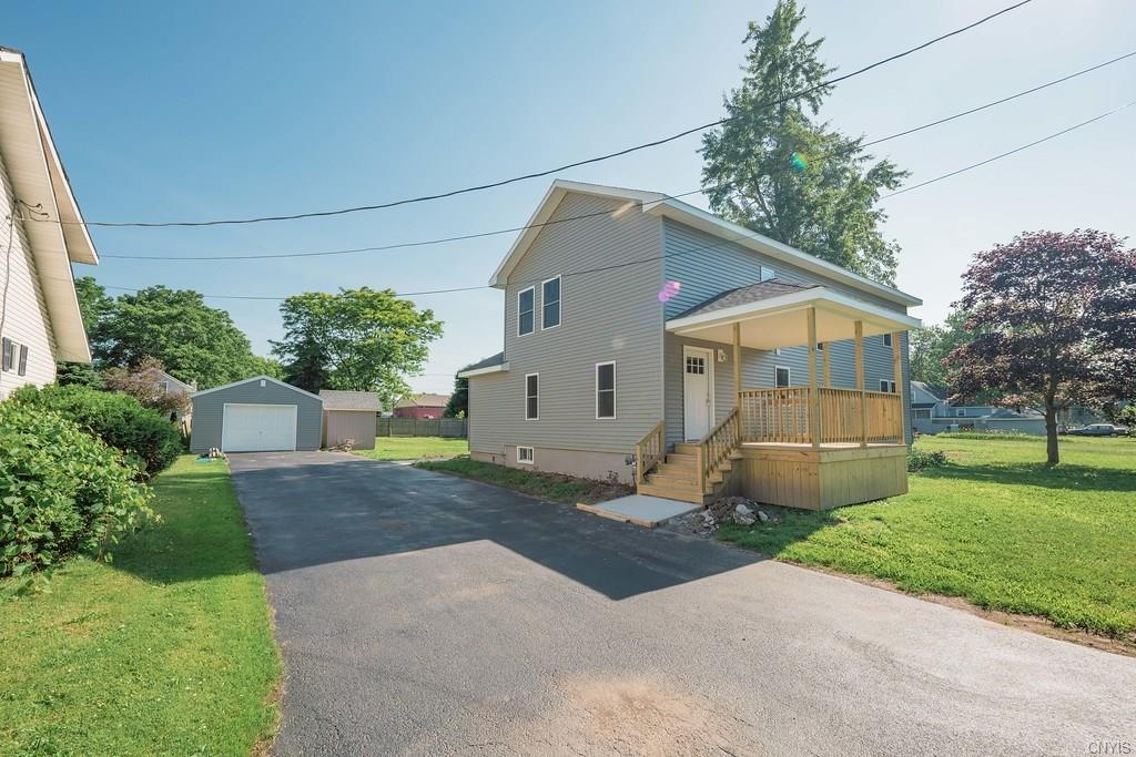 3 bed / 2 baths Home in Watertown-City for $185,000