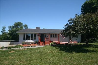 Albion Single Family Home C-Continue Show: 1590 State Route 104