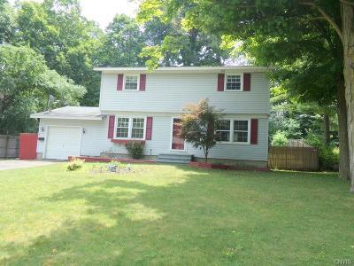 Single Family Home A-Active: 138 Gordon Parkway