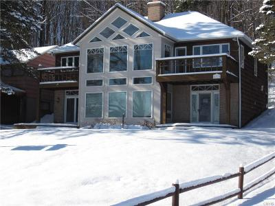 Madison County Single Family Home A-Active: 833 McCarthy Road