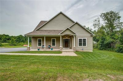Syracuse Single Family Home C-Continue Show: 4370 Kasson Road