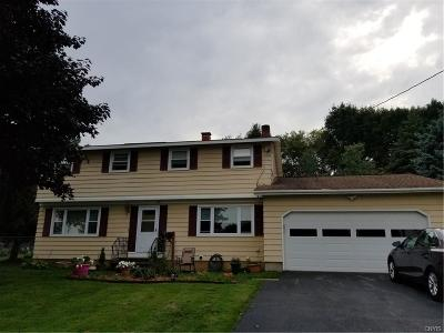 New Hartford Single Family Home A-Active: 22 Court Knolle