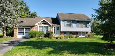 Single Family Home C-Continue Show: 108 Brassie Drive