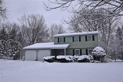 Whitesboro Single Family Home A-Active: 8 Shawnee Place