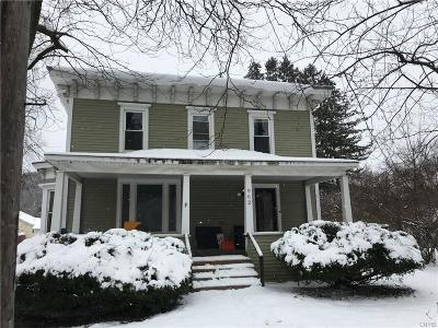 Single Family Home A-Active: 962 Main Street