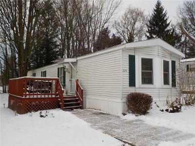 Utica Single Family Home A-Active: 225 Colonial Pl