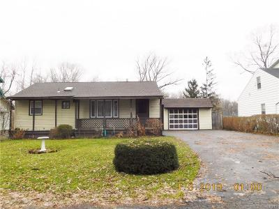 Syracuse Single Family Home U-Under Contract: 424 Richfield Bvd