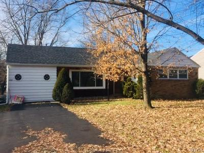 Syracuse Single Family Home U-Under Contract: 504 Parsons Drive
