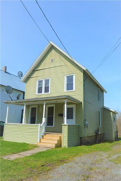 Watertown-city Single Family Home For Sale: 482 Portage Street