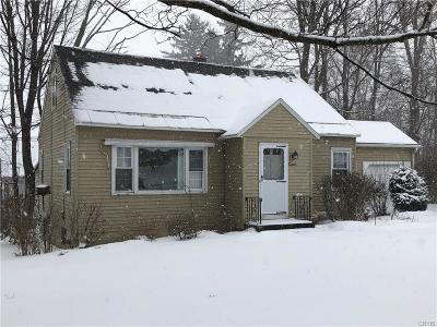 New Hartford Single Family Home C-Continue Show: 1 Claridge Court