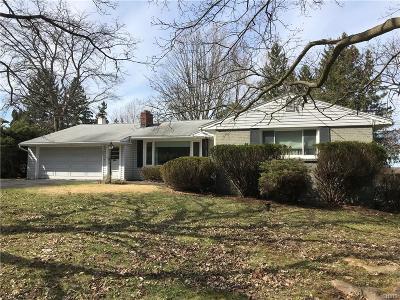 Syracuse Single Family Home A-Active: 400 Sycamore Terrace