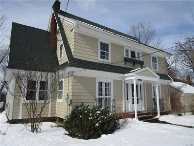 Syracuse Single Family Home U-Under Contract: 310 Genesee Park Drive