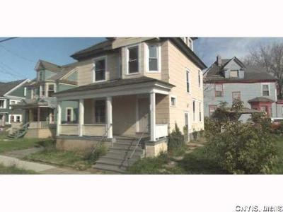 Syracuse Single Family Home A-Active: 855 South Avenue